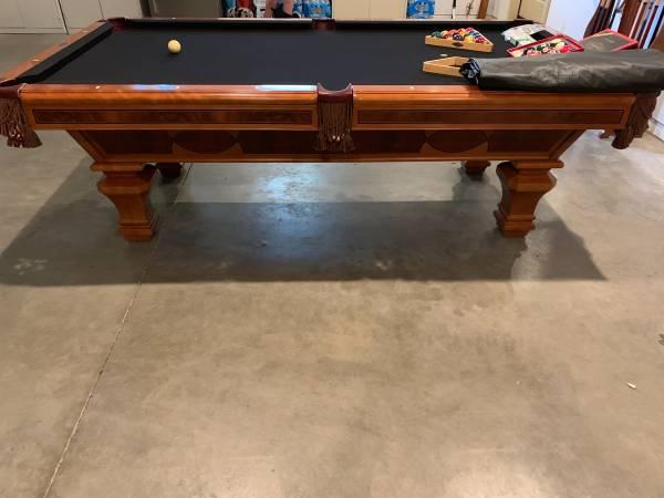 Solo Eagle Brunswick Pool Table 119