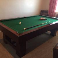 Elegant Professional Pool Table Mint Condition